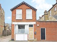 1 bed home to rent in Laurel Avenue, Twickenham