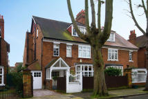 6 bed home for sale in Addison Grove, London