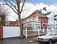 7 bedroom property for sale in Flanders Road, London