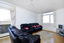 2 bed Flat to rent in Strathdon Drive, Tooting...