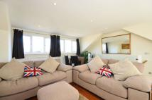 2 bedroom Flat to rent in Heythorp Street...