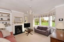 4 bedroom property to rent in Burntwood Lane...