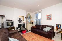 Maisonette to rent in Standen Road...
