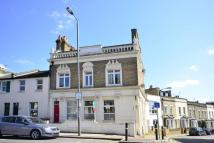 2 bedroom Flat in Merton Road, Wandsworth...