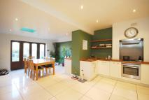 3 bed house in Alston Road, Tooting...