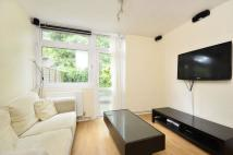 1 bedroom Flat in Summerley Street...