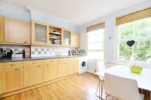 2 bedroom Flat to rent in Crockerton Road...
