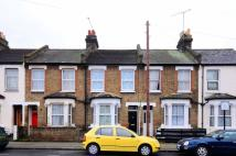 3 bed home to rent in Fountain Road, Tooting...