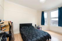 3 bed Maisonette to rent in Merton Road, Southfields...