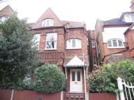 Flat to rent in Esmond Road, Chiswick...