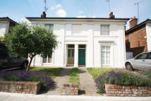 3 bedroom house to rent in Ravenscourt Gardens...