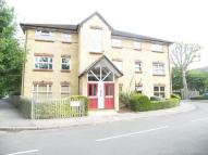 2 bedroom Flat in Monmouth Close, Chiswick...