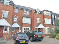 4 bed house in St George`s Mews...