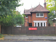 2 bed home to rent in The Coach House...