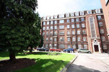 Flat to rent in Heathfield Court...