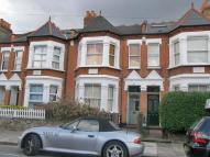 Flat in Wilton Avenue, Chiswick...