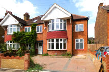 6 bedroom property to rent in Clifden Road, Brentford
