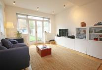 2 bedroom Flat to rent in Beaumont Road, Chiswick