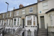 3 bedroom Flat to rent in Coombe Road, Chiswick