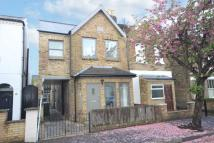 2 bed house in Saville Road