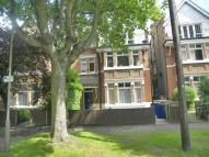 Flat to rent in Park Road North, Chiswick
