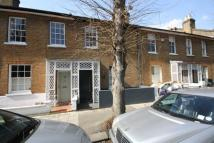 3 bed property in Sutherland Road, Chiswick