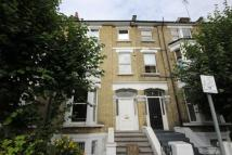 Flat to rent in Paddenswick Road...