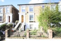 4 bedroom Flat in Cambridge Road North...