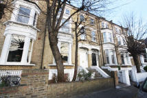 Flat in Paddenswick Road...