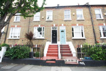 4 bedroom Flat to rent in Priory Road, Chiswick...