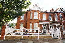 property to rent in Rusthall Avenue...