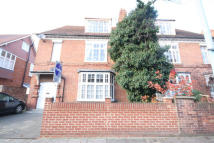 2 bed Flat in Bath Road, Chiswick...