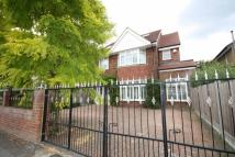 Riverside Close house to rent