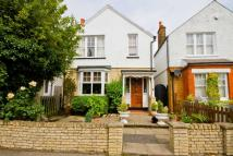 3 bed house in Summer Road, East Molesey