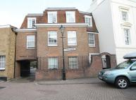 2 bedroom Flat in Lower Square, Isleworth