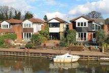 3 bedroom Terraced property to rent in Portmore Quays, Weybridge