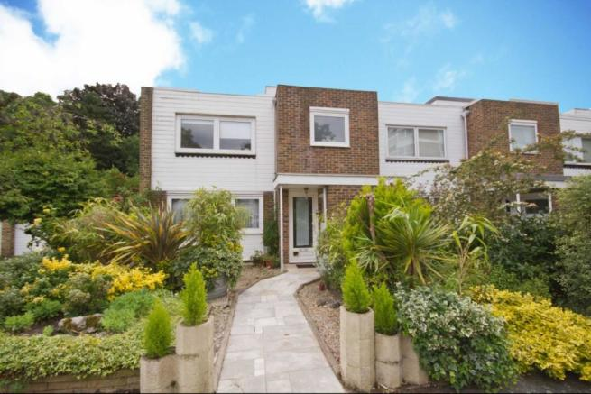3 Bedroom House For Sale In Broom Park Teddington TW11