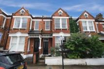 Flat to rent in Killyon Road, Clapham