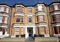 Elmhurst Mansions Flat to rent