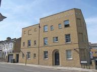 Flat to rent in Kepler Road, Clapham