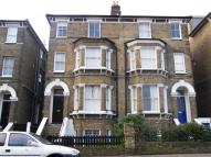2 bedroom Flat to rent in Gauden Road...