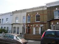 Flat to rent in Pulross Road, Brixton...