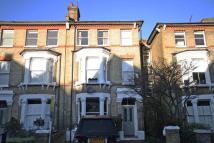 5 bedroom property to rent in Chelsham Road...