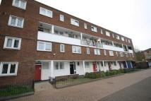 Deeley Road Flat to rent
