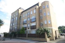 1 bed Flat in Draymans Court...