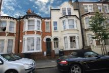 Flat to rent in Kenwyn Road, Clapham