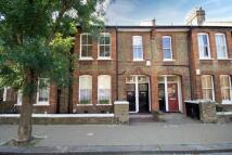 Flat in Tennyson Street...