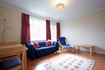Flat to rent in Weydown Close...