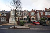 Fairlawn Road Flat to rent
