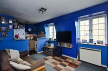1 bedroom Flat for sale in Ebury Bridge Road...